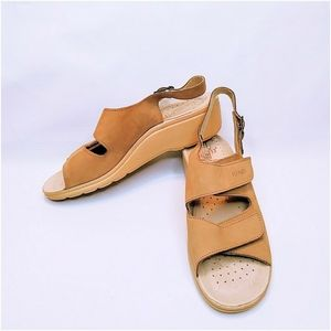 FLY FLOT Leather Anatomic Comfort Sandal